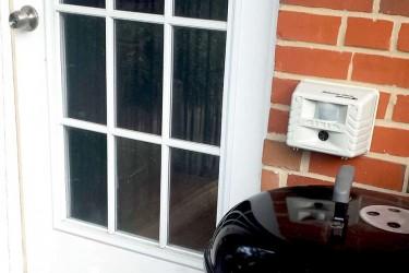 Putnu atbaidīšana no balkoniem